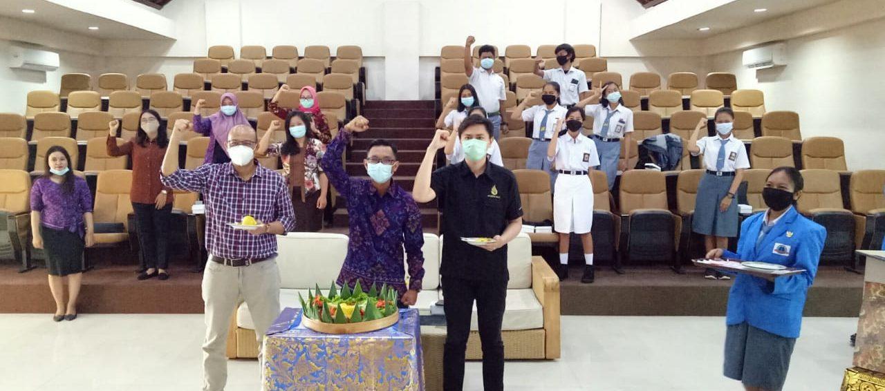 """Perayaann Hari Ulang Tahun SMK TI Bali Global Jimbaran yg ke-5th dengan tema """"Funtastic"""""""